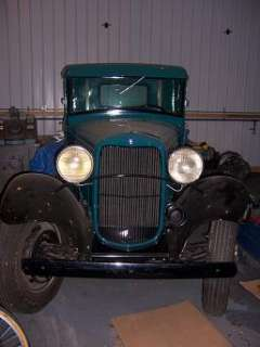 1932 Ford Model B Old Truck Needs Minor Body Work Nice Oak Bed