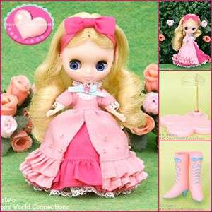 TAKARA CWC Exclusive Petite Blythe Doll RED Apple