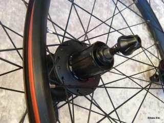 2011 New Bontrager Duster 29 er TLR Disc Wheelset Tubeless Shimano