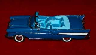 CAST EXACT REPLICA 124 CHEVROLET BEL AIR 1957 COVERTIBLE BLUE