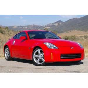 2010 New Nissan 350Z Model with Remote Control in Red
