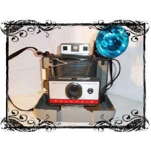 Polaroid 220 Automatic Folding Land Camera Everything
