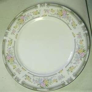 Farberware Fine China Southampton Dinner Plate Dinnerware 223A