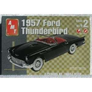 1957 FORD THUNDERBIRD Convertible AMT 1:25 Scale Model Kit