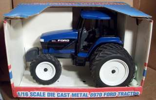 SPEC CAST 1/16 SCALE 8970 FORD NEW HOLLAND FARM TRACTOR #9624710DS