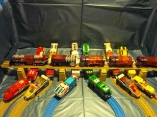 Tomy Tomica Hyper Guardian NEW 5 Piece Purple Train