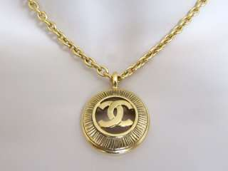 CHANEL vintage cc coco logo gold necklace pendant