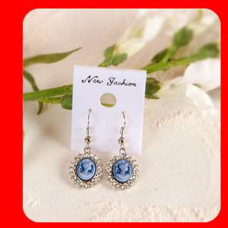 Swarovski Crystal CAMEO Earrings White gold WGP blue