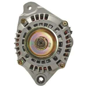 Quality Built 13762 Premium Alternator   Remanufactured Automotive