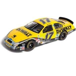 Matt Kenseth NASCAR Ford Fusion Analog Slot Car by SCX