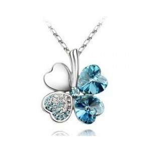 Swarovski Crystal Lucky Heart shaped Four leaf Clover Pendant Necklace