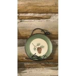 Pine Lodge Iron Wall Mounted Single Plate Rack