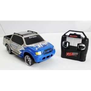 Ford Explorer Trac RC Remote Controlled Truck (Blue) Toys & Games