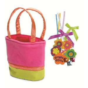 Manhattan Toy Groovy Girls Design Your Own Flowerful Frills Handbag