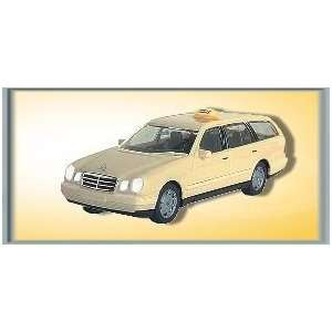 com Viessmann 3225 Mercedes Benz E Cl.Taxi Estate Cream Toys & Games