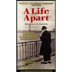 Life Apart: Hasidism in America [VHS]: Leonard Nimoy