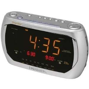 emerson smart set dual alarm clock radio with three color projector. Black Bedroom Furniture Sets. Home Design Ideas